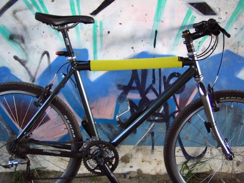 自転車用 かっこいい自転車用ヘルメット : 銀座店にTOKYOBIKEの限定版自転車 ...