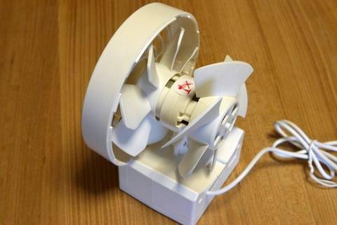 リズム シルキーウィンド USB 静音 卓上扇風機 9ZF002RH03